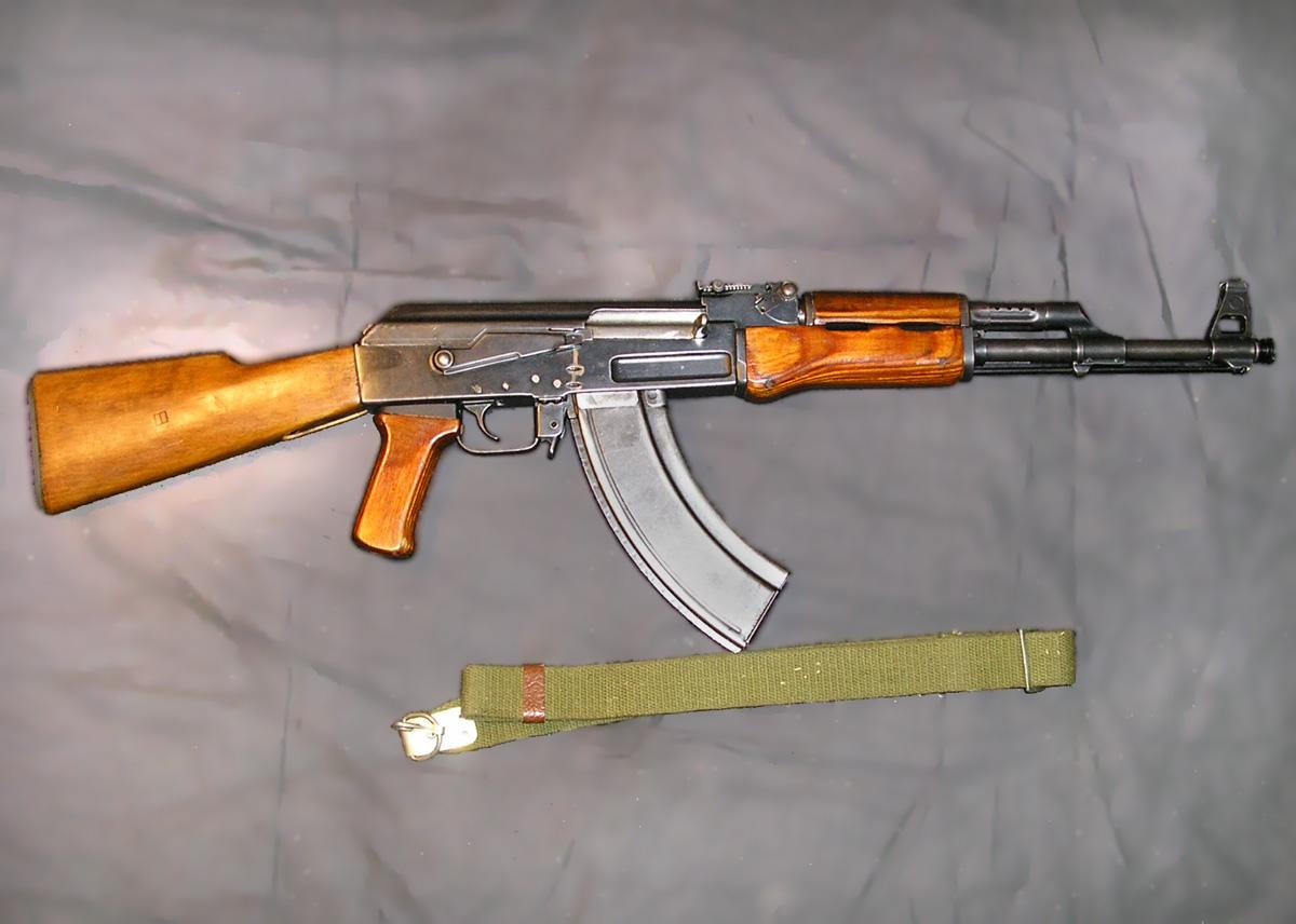 maket-ak-47-002_enl